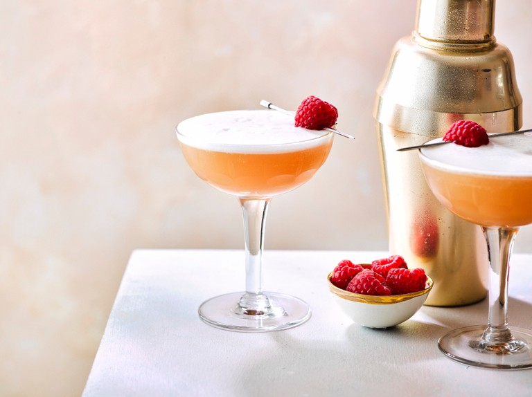 5 Ways To Drink A French Martini