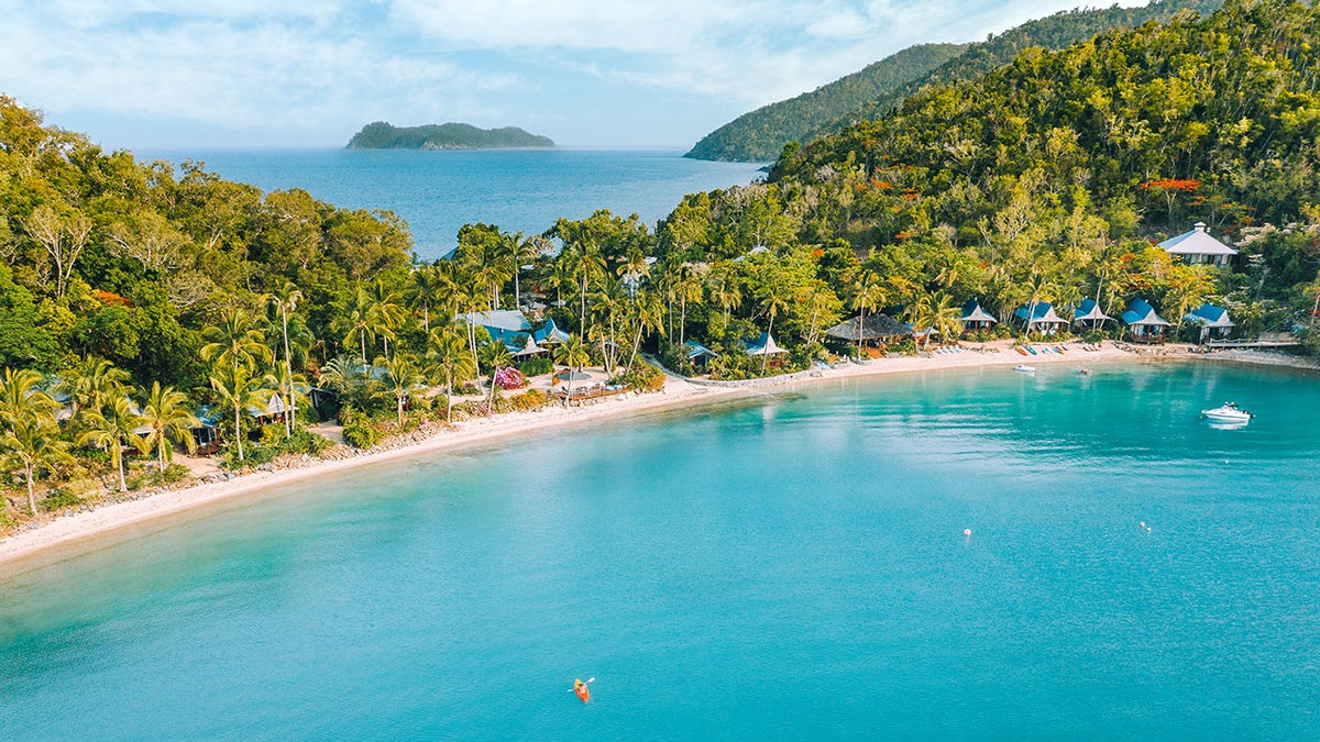 Whitsundays: Experience The Heart of The Great Barrier Reef