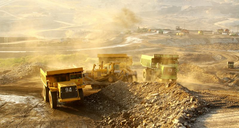 Dampier to raise $387k for gold projects