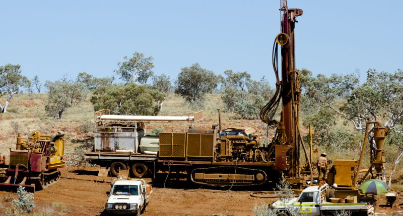 Strategic Energy commences drilling at Saxby Gold Project