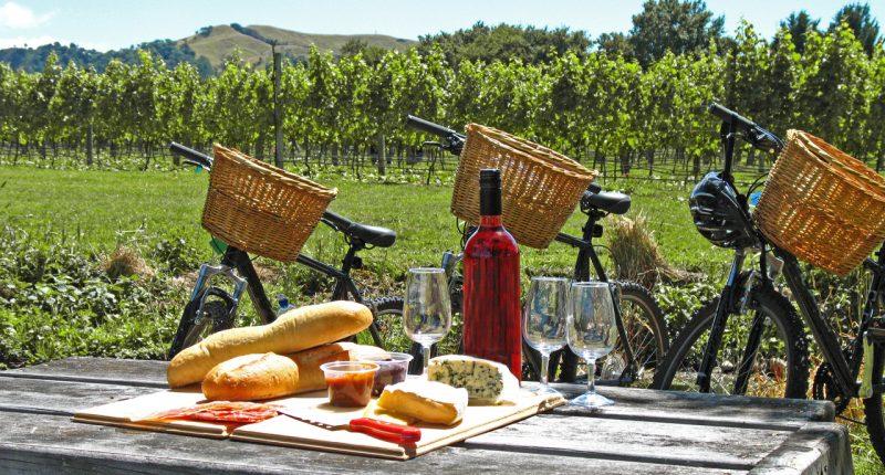 Cream of the Crop: Australia's Best Wine and Cheese Pairings