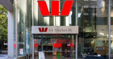 Westpac opens $500M share purchase plan