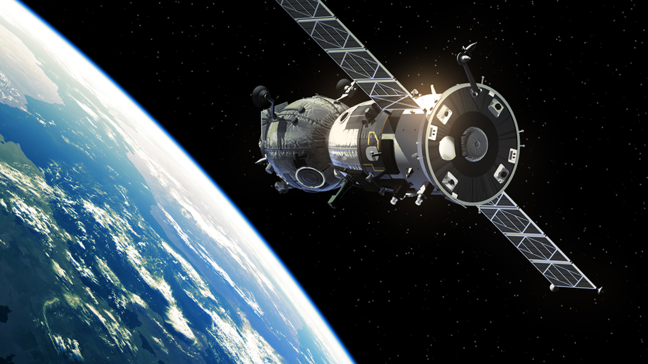 ESA Plans to Launch a Space Debris Collector in 2025