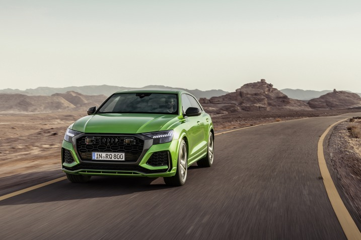 The 2020 Audi RS Q8 Is Only 1/5 Of A Second Slower than the Lamborghini Urus