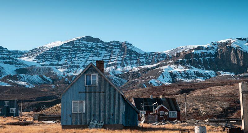 Ironbark Zinc (ASX:IBG) relinquishes seven Greenland licences