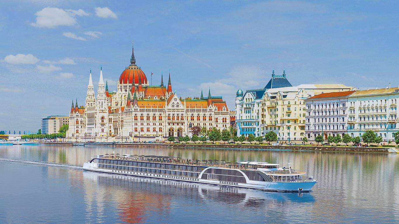The Romantic Danube River Cruise: A Day by Day Tour Guide