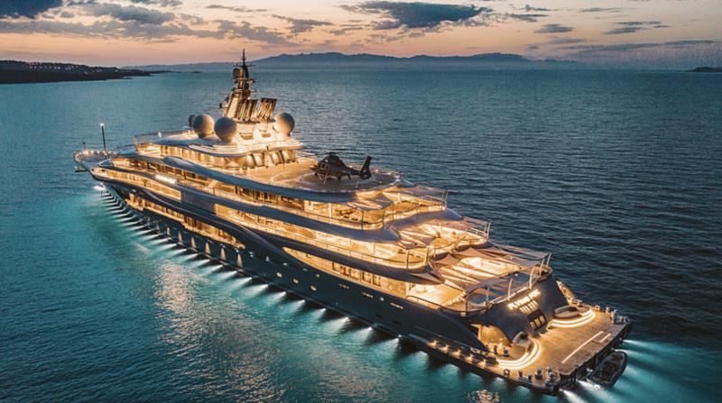 Jeff Bezos Invests $400M into Superyacht Machine - The Market Herald
