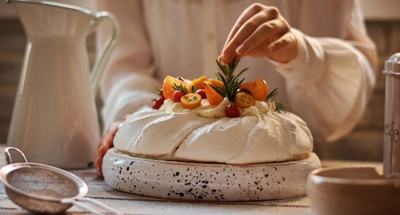 How to Master a Perfect Pavlova – Every Time