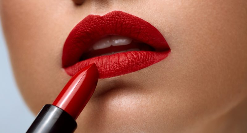 How to Get The Perfect, Red Lip
