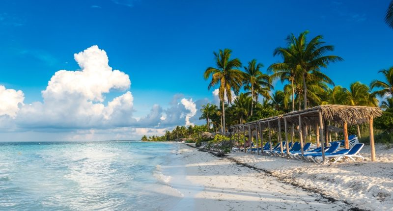 How to Holiday In the Caribbean Sea