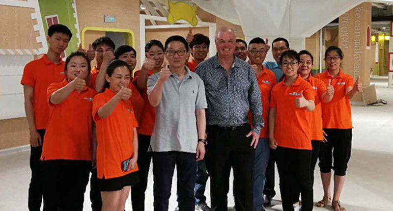 Jatcorp (ASX:JAT) - Managing Director, Wilton Yao (centre)