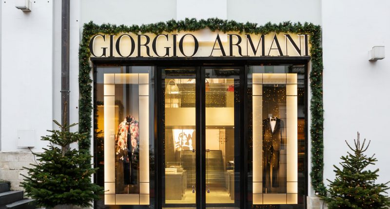 Giorgio Armani to use Vection Technologies' (ASX:VR1) VR software
