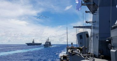 Australian warships encounter Chinese navy en route to Philippine Sea