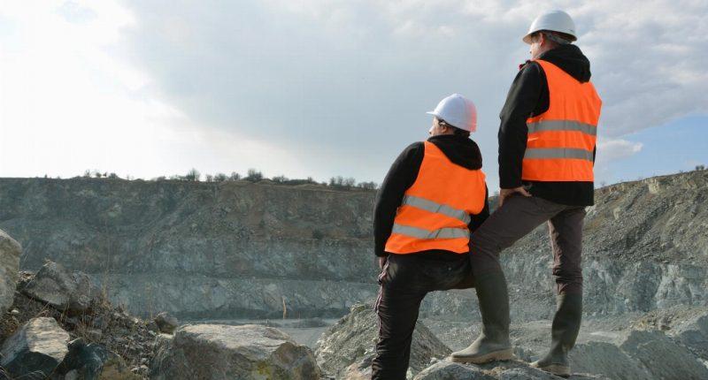 Estrella Resources (ASX:ESR) enters trading halt following disposal of Munda Gold Project