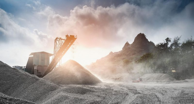 Avenira (ASX:AEV) gears up for capital raise, implements trading halt