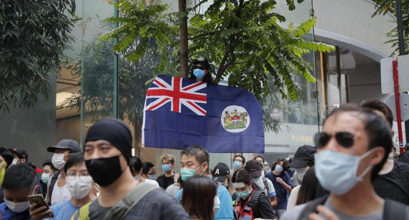 U.K. offers lifeline to Hong Kong nationals in response to Chinese law