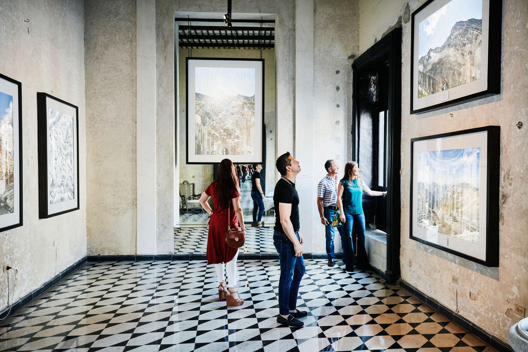 Art Galleries Turning to the Digital World
