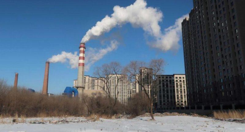 China's power supply struggles amid ban on Australian coal
