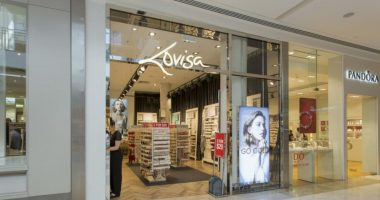 Lovisa (ASX:LOV) exercises put option, acquires extra 30 French stores