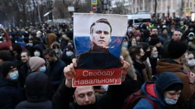 United States condemns Russia for imprisoning Navalny supporters