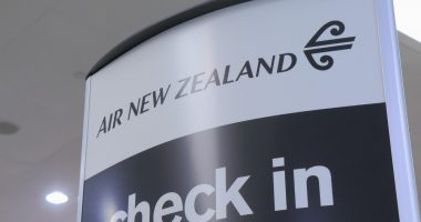 Air New Zealand (ASX:AIZ) increases Govt. loan facility, defers financing