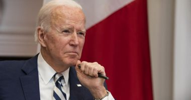 Joe Biden announces sanctions against Russia in response to alleged election meddling and cyberattacks