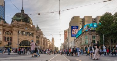 "Deloitte: Australian economy is ""roaring back"", but full international travel is years away"