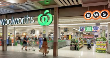 Woolworths Group (ASX:WOW) moves ahead with $10B drinks, hotels demerger