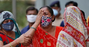 Despite declining cases, experts say India's COVID-19 crisis has not yet peaked